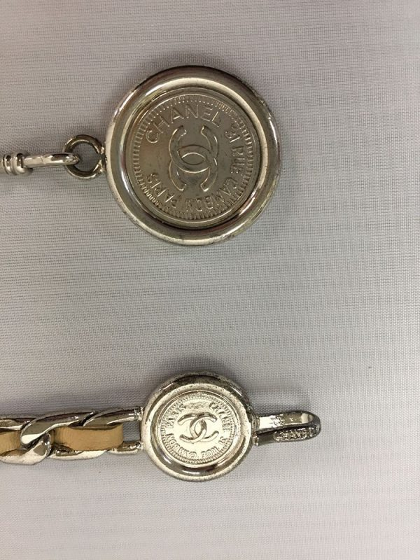 Chanel Tan Leather Chain Belt Close-Up Coin Hook View
