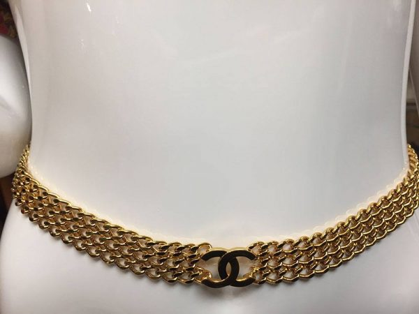 Chanel Gold Chain Toggle Belt Front View
