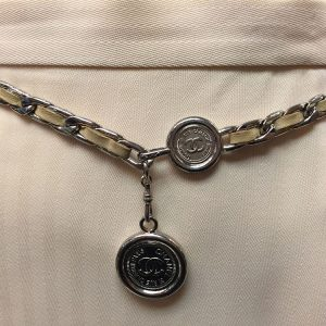 Chanel Tan Leather Chain Belt Hanging Closure View