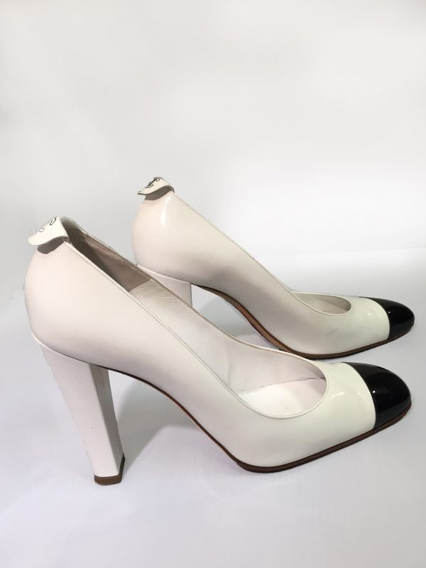 Chanel White Patent Leather Pumps With Black Patent Toe Side View