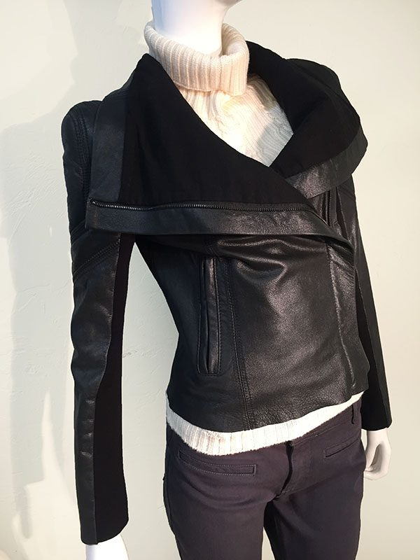 BCBGMAXAZRIA Black Leather Asymmetric Front Zip Cropped Jacket With Drape Collar Front View 3