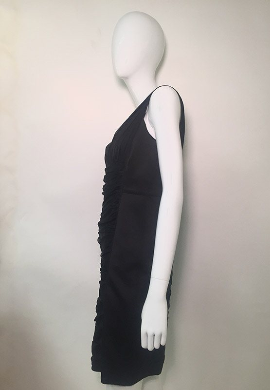 Carmen Marc Valvo Black V-Neck Midi Dress Side View