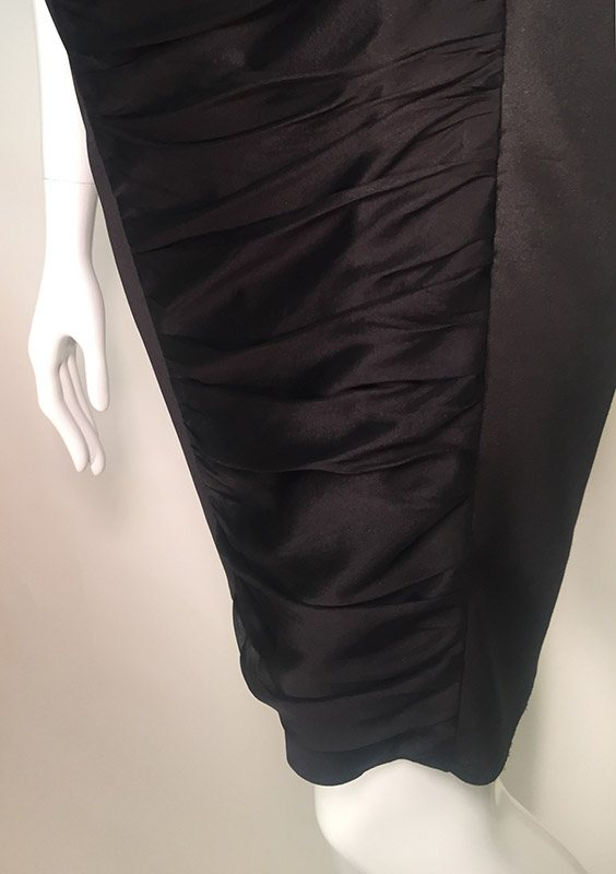 Carmen Marc Valvo Black V-Neck Midi Dress Close Up View 3
