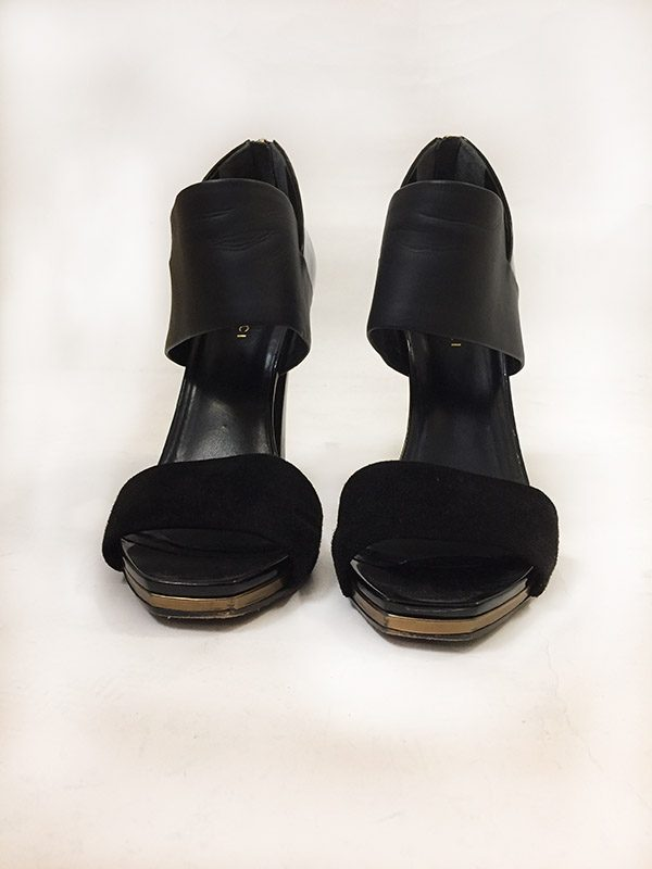 Gucci Back Zip Sandal Front View