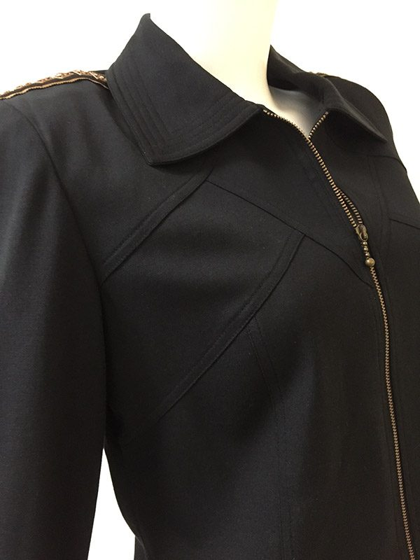 Juliana Collezione Zip Front Jacket Stitching Close Up View