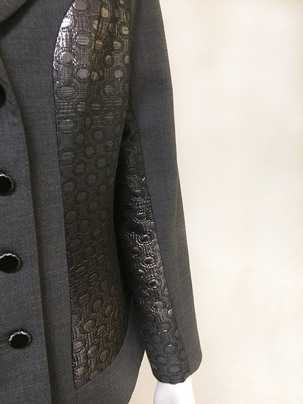 Teri Jon Ombre Metallic Skirt Suit Arm Close Up View