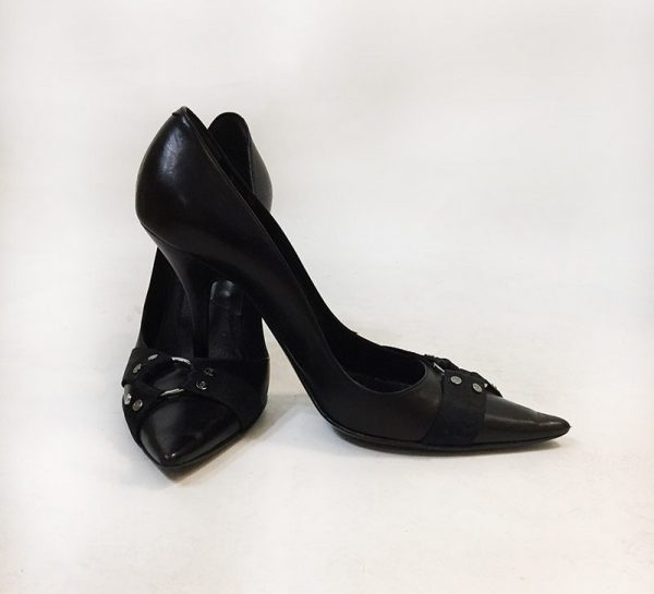 Christian Dior Pointed Toe Pumps Preview View